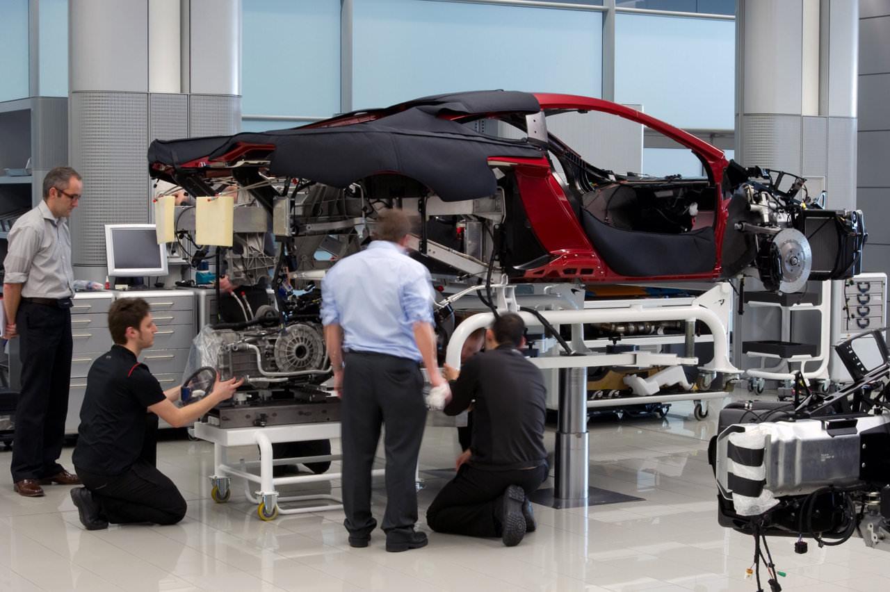 Meccanico o elettrauto? Per riparare l'auto c'è il meccatronico