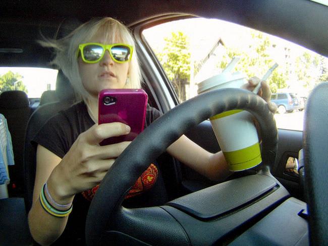 Sicurezza in auto consigli di guida e di manutenzione