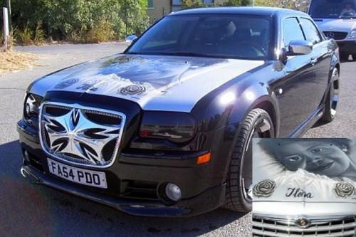 I 5 calciatori con le auto più brutte (FOTO)- Cisse-Chrysler 300C