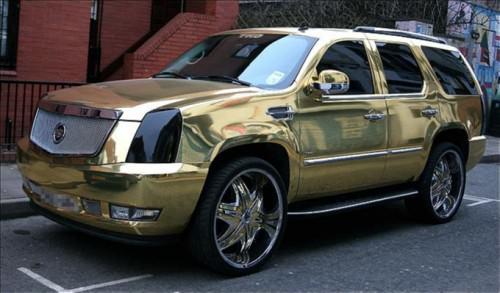I 5 calciatori con le auto più brutte (FOTO)-El-Hadji-Dioufs-Gold-Plated-Cadillac-Escalade