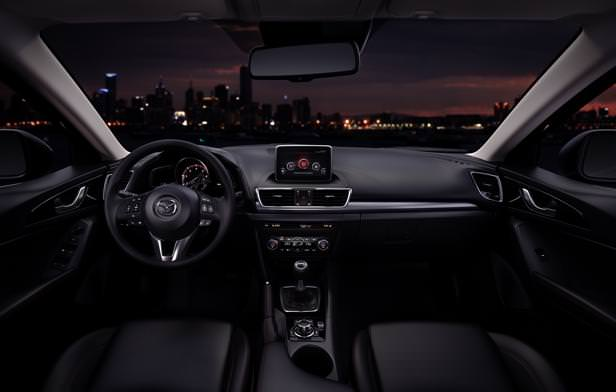 Mazda3_2013_interior_04