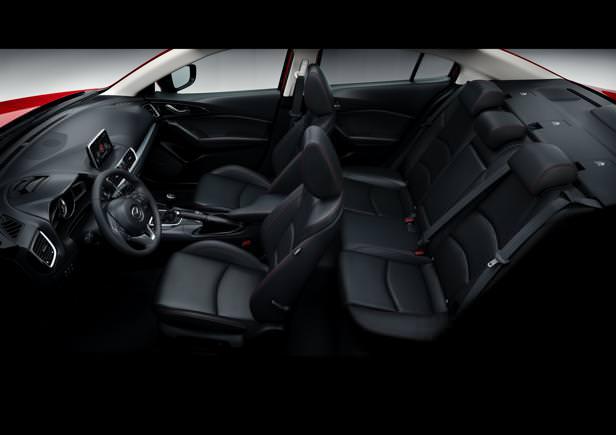 Mazda3_2013_interior_26