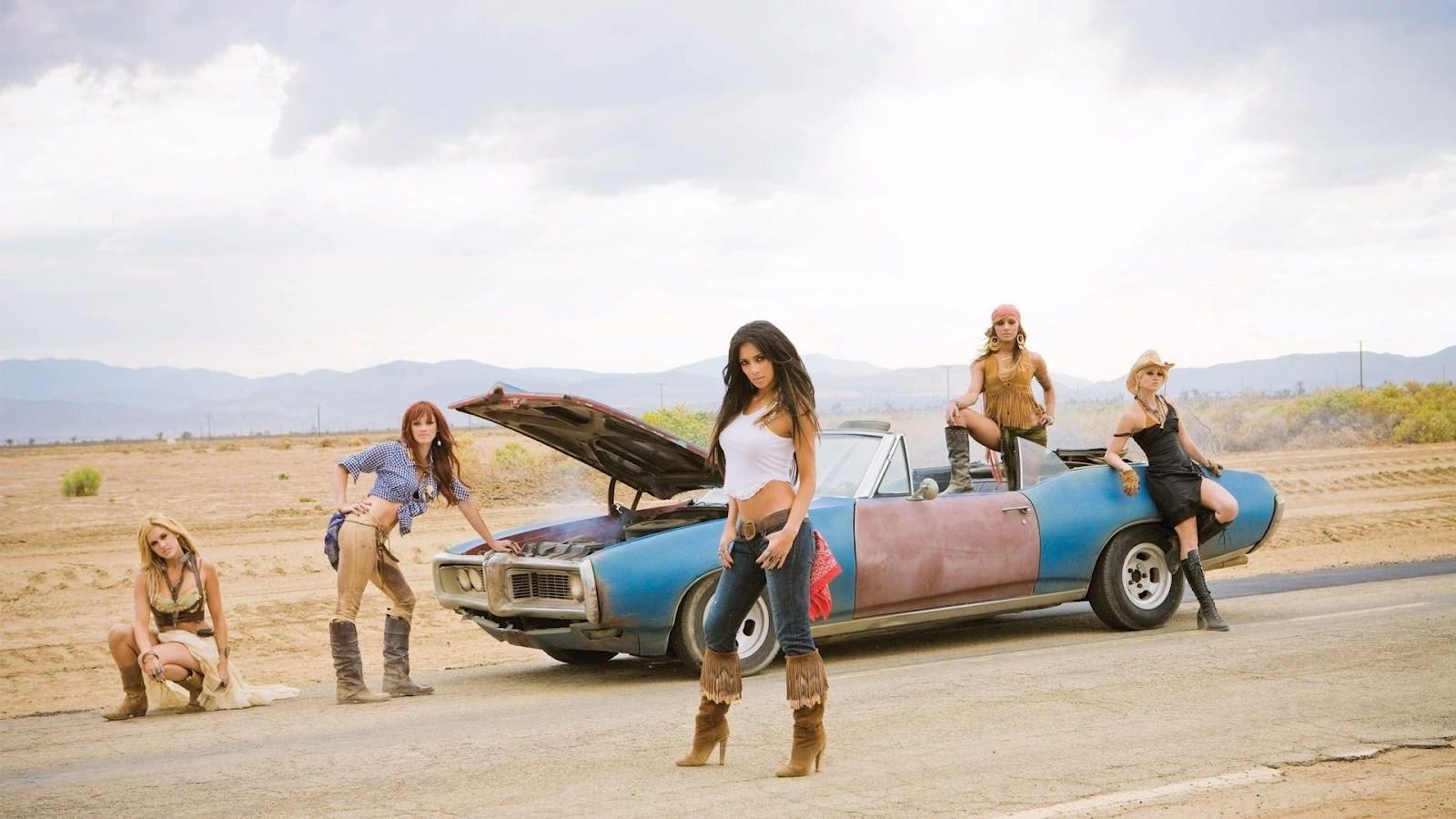 Donne e Motori, le foto migliori – Cerchi un meccanico? Pussycat Dolls