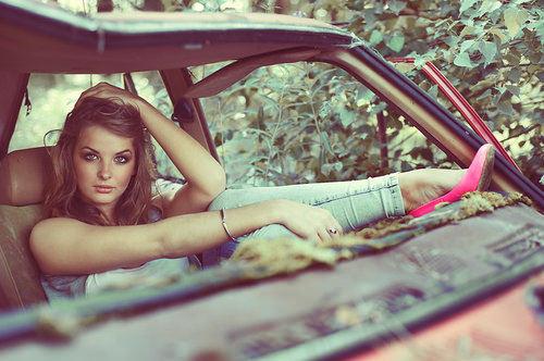 Donne e Motori, le foto migliori! – Cerco meccanico auto!!!