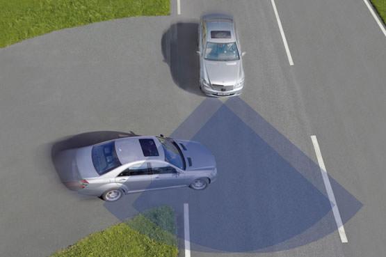 Sicurezza stradale negli Stati Uniti arriva la tecnologia anti-collisione