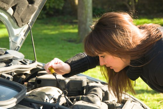Olio motore per auto-come ridurre i consumi