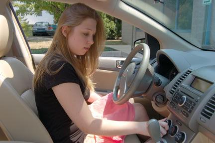 Ricaricare l'aria condizionata dell'auto- come si fa