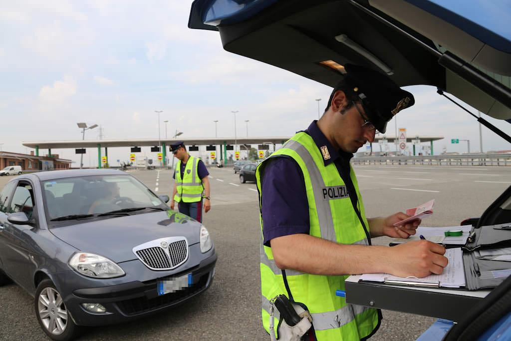 Sicurezza auto, l'importanza degli pneumatici per una guida sicura 3