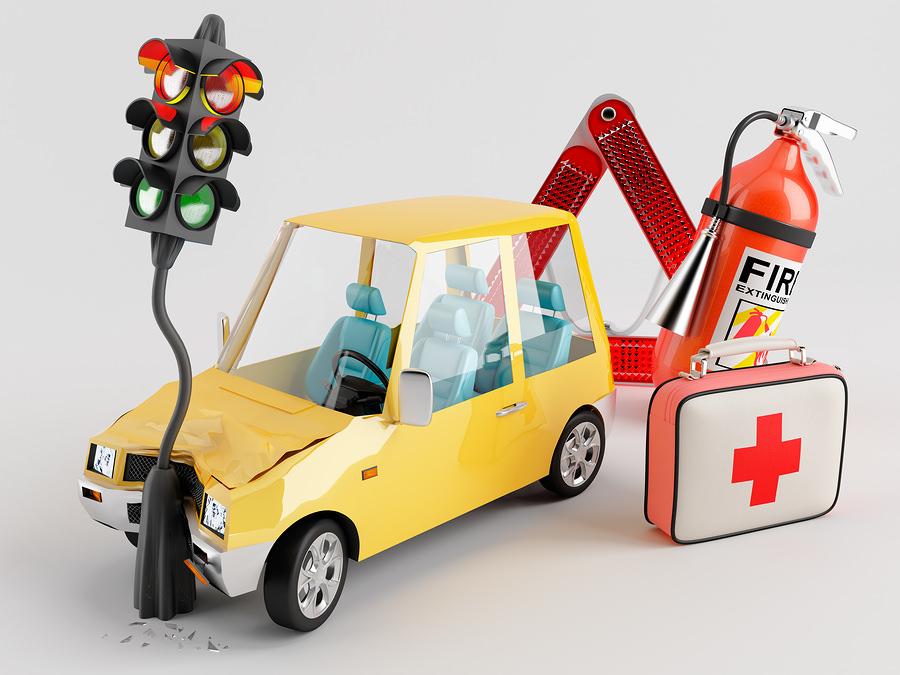 Sicurezza stradale- cosa avere sempre in auto