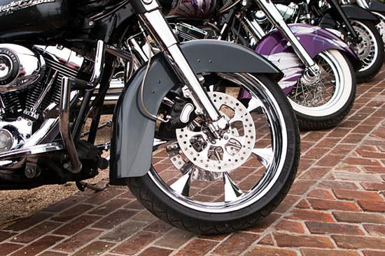 Cerchioni moto- come pulirli e lucidarli