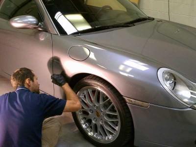 Ritocco vernice auto- come ritoccare la carrozzeria della macchina