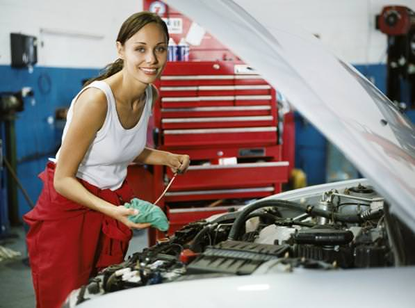 Manutenzione auto, controlli periodici e checkup auto