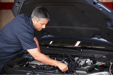 Sostituire il radiatore auto, come si fa