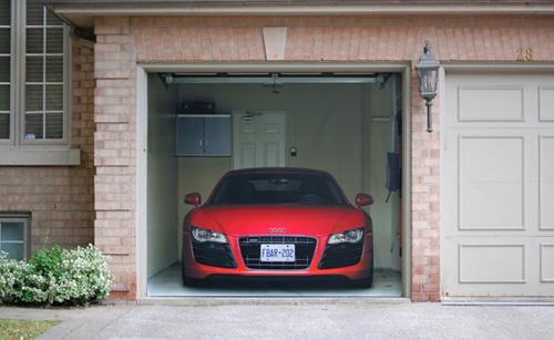 Parcheggiare l'auto in garage- come si fa