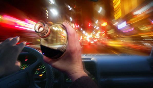 Alcol test, cos'è, come funziona l'etilometro, limiti e sanzioni