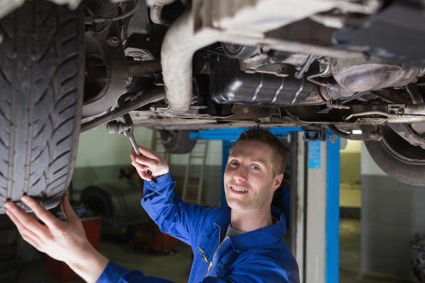 Regolare gli ammortizzatori auto - come si fa?