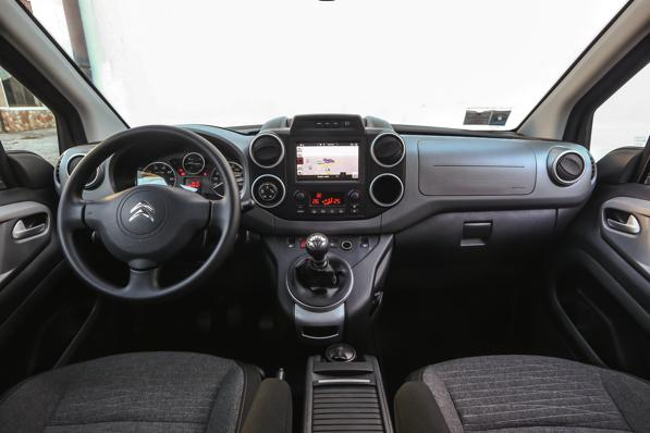 Citroën Berlingo XTR 120 D -2 -Auto e neve