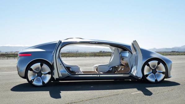 Futuro delle auto - ecco come sarà l'auto fra 10 anni.