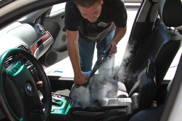 Pulizia auto con vapore come pulire i sedili e gli for Pulire con vapore