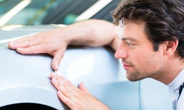 Pasta abrasiva o polish per auto? Qual è meglio per togliere graffi e segni sulla macchina o sulla moto