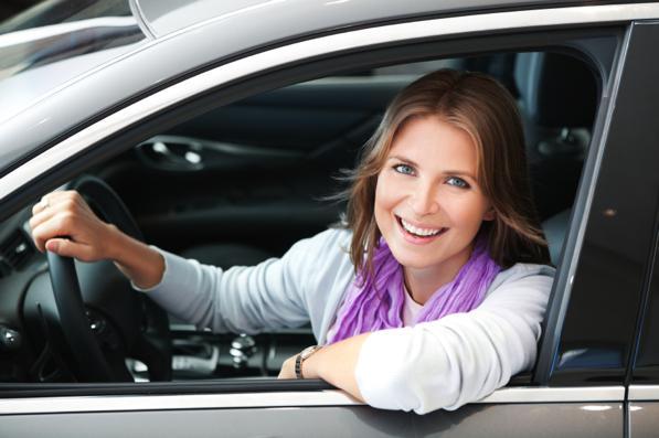 Donne al volante pericolo costante? Neanche per idea!
