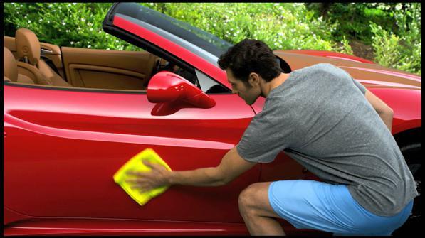 Cera per auto: come usarla e come fare una perfetta lucidatura fai da te?