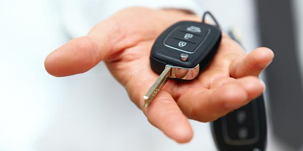 Rifare chiave auto: come fare un duplicato se ho perso le chiavi della macchina, prezzi, tempistiche e procedure