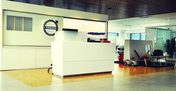 Concessionaria Ambrosi Auto: i nuovi modelli Volvo e Land Rover sono qui! 1