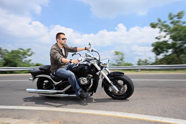 Guida senza casco in moto: crescono le multe e le sanzioni