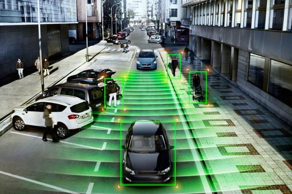 Frenata automatica di emergenza: cos'è e come funziona la frenata assistita AEB sulle auto? 2