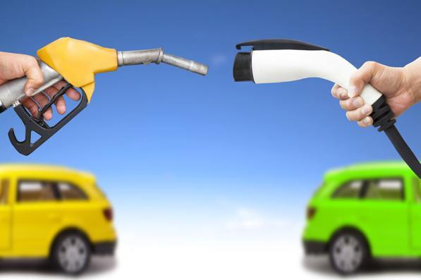 Auto elettriche in Italia: il nostro Paese è tra i fanalini di coda