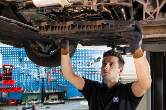 Coppa dell'olio auto: cos'è, a cosa serve, come funziona e consigli per la manutenzione