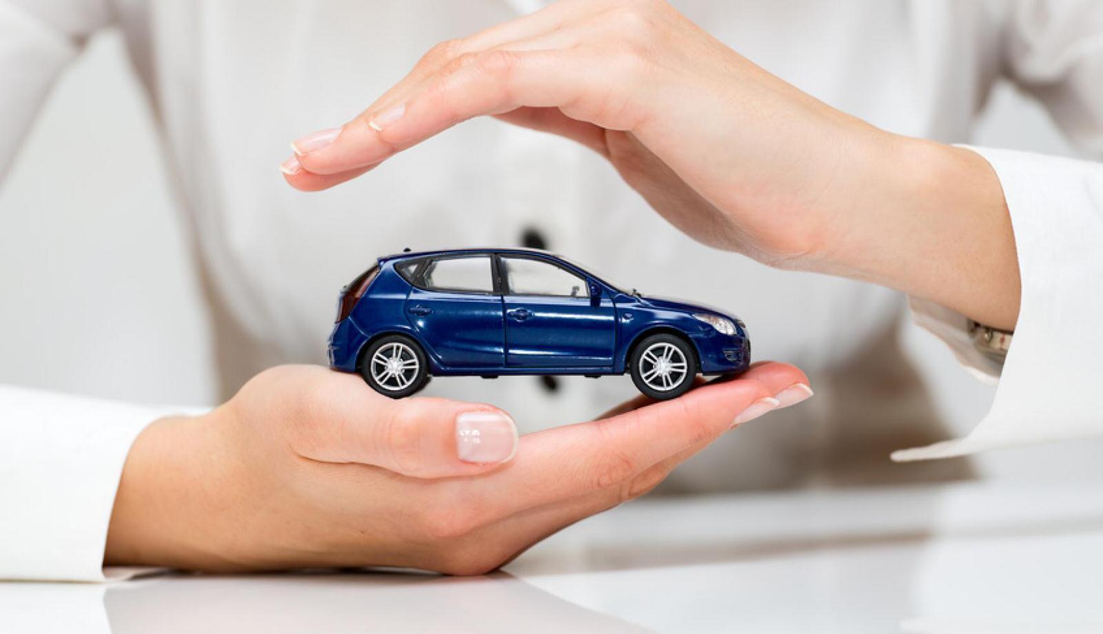 Garanzie accessorie RC Auto: cosa sono e differenze tra donne e uomini
